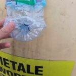 Butelka plastikowa i pojemnik do segregacji