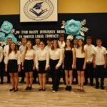 Uczniowie klasy VIII absolwenci