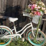 Rower i kwiaty